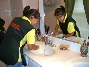 House Cleaning Ash Maids