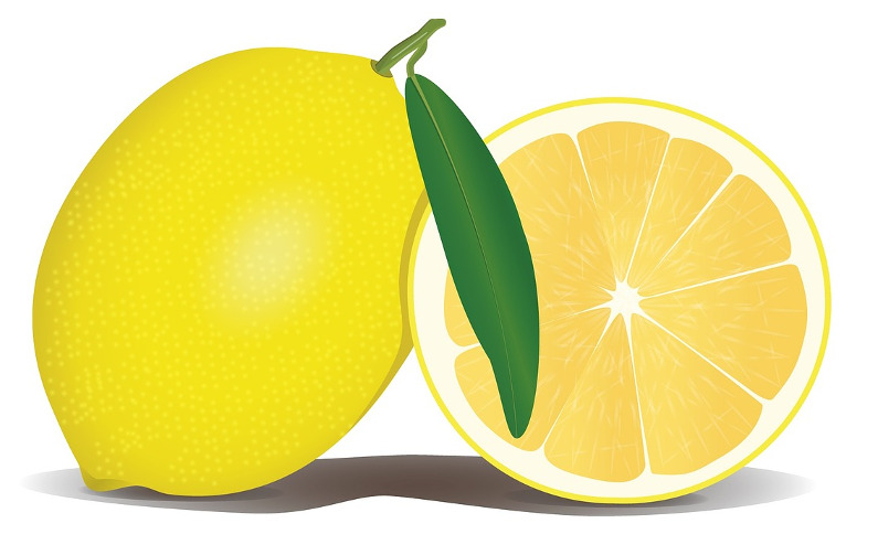lemon-cleaning-with-lemon-juice
