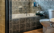 bathroom-490781_1280